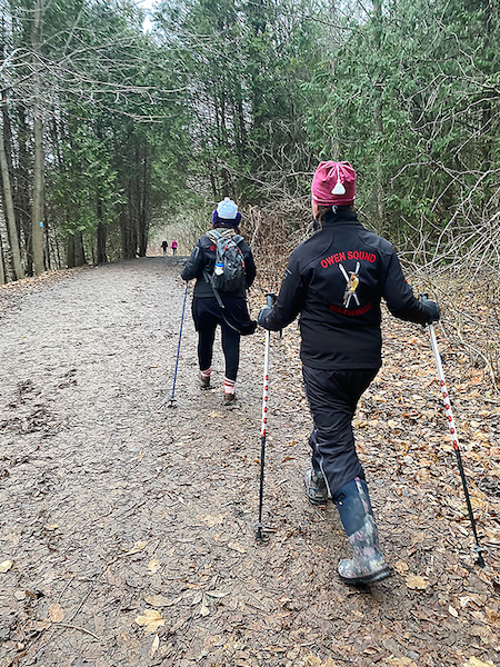 Hikers on trail in Owen Sound